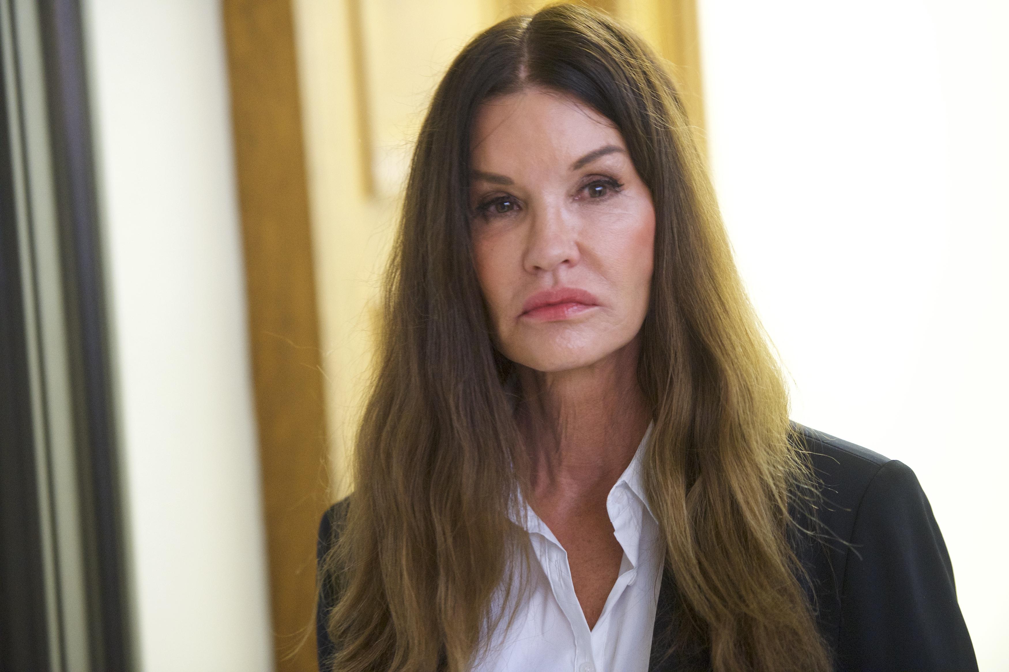 Model-Janice-Dickinson-Tells-Jury-That-Bill-Cosby-Raped-Her
