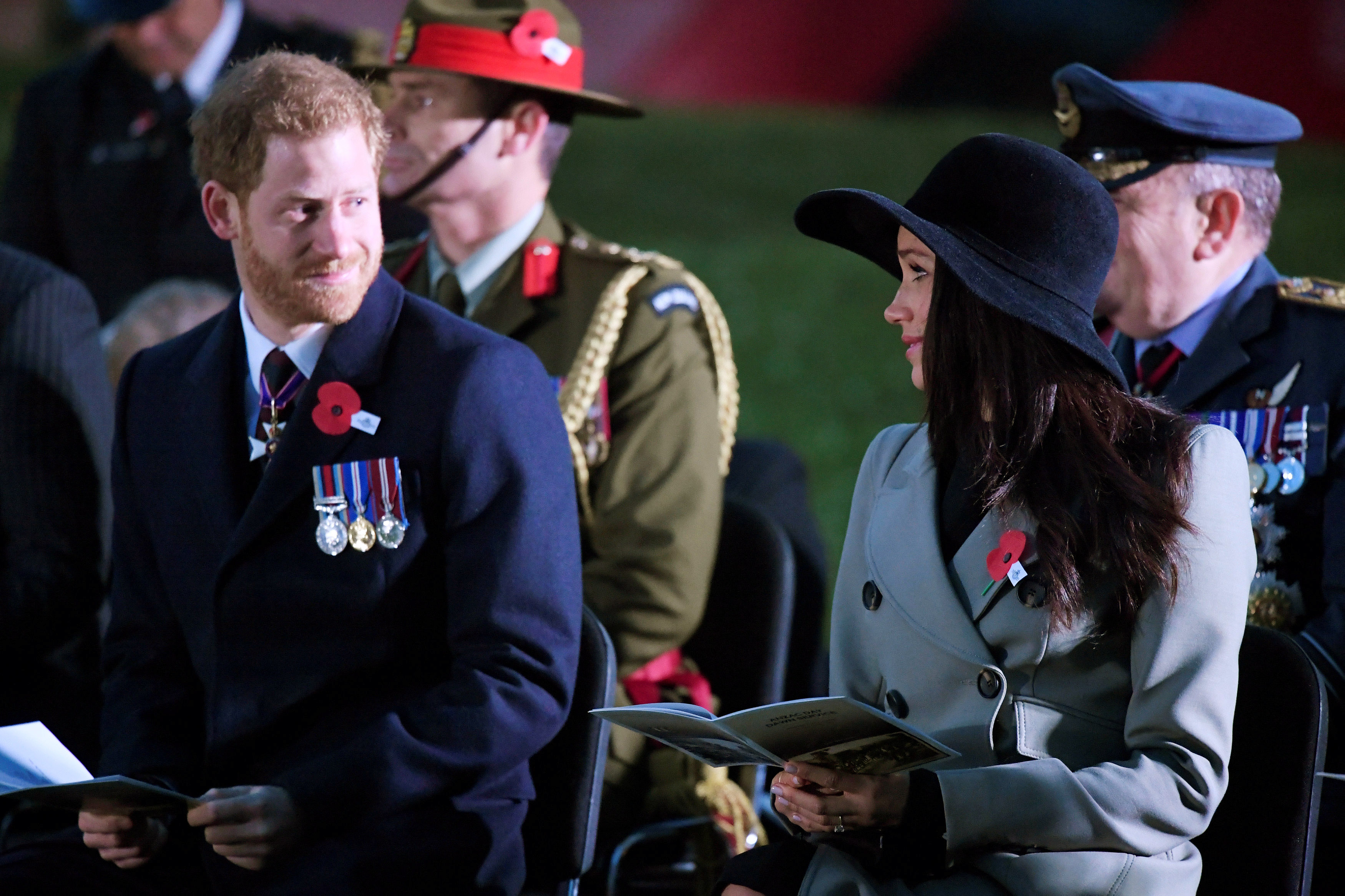 Prince Harry and Meghan Markle attend the Dawn Service at Wellington Arch to commemorate Anzac Day on April 25, 2018 in London, United Kingdom. (Photo by Toby Melville – WPA Pool/Getty Images)