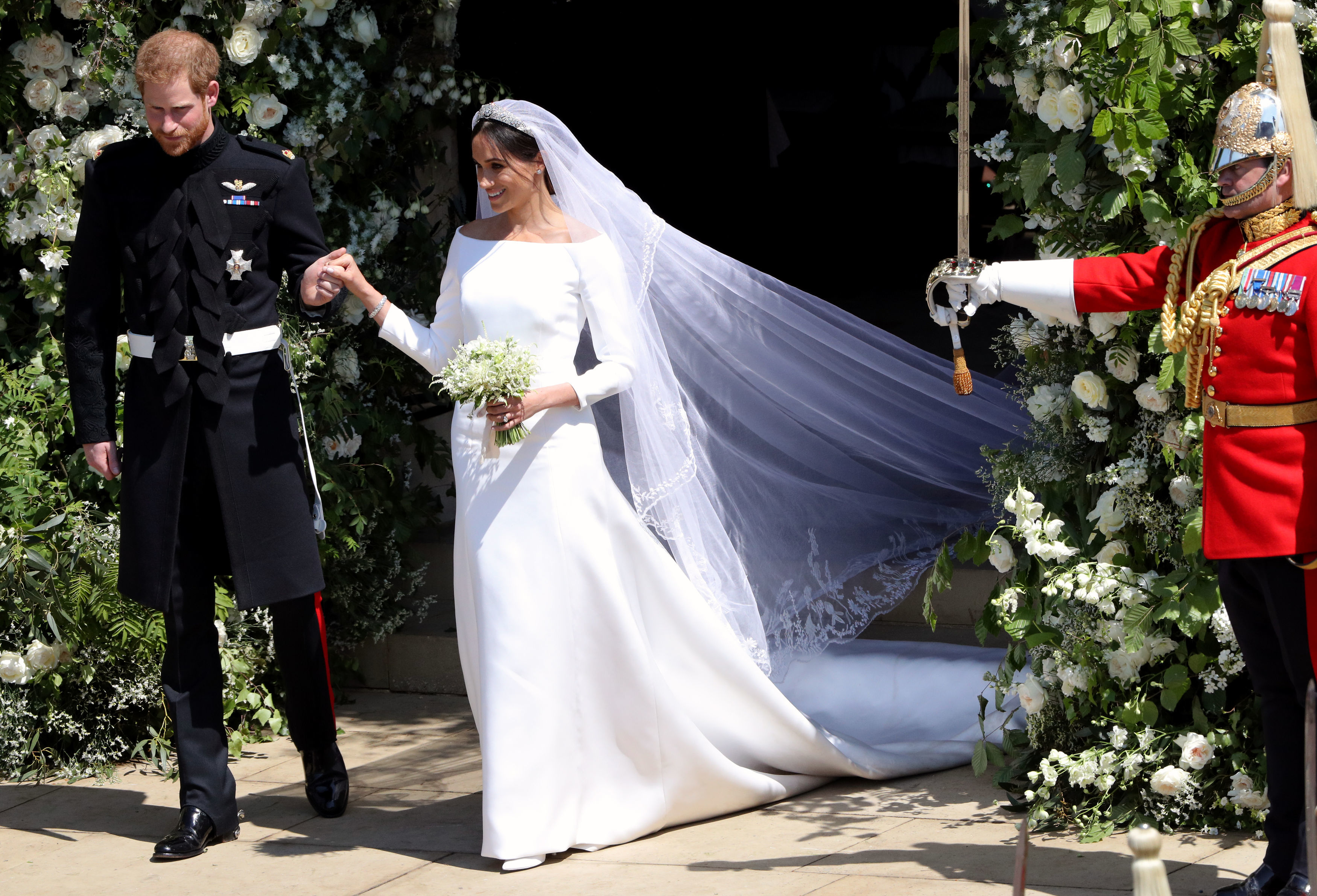 Meghan Markle S Bridal Look All The Details On Her Givenchy Gown