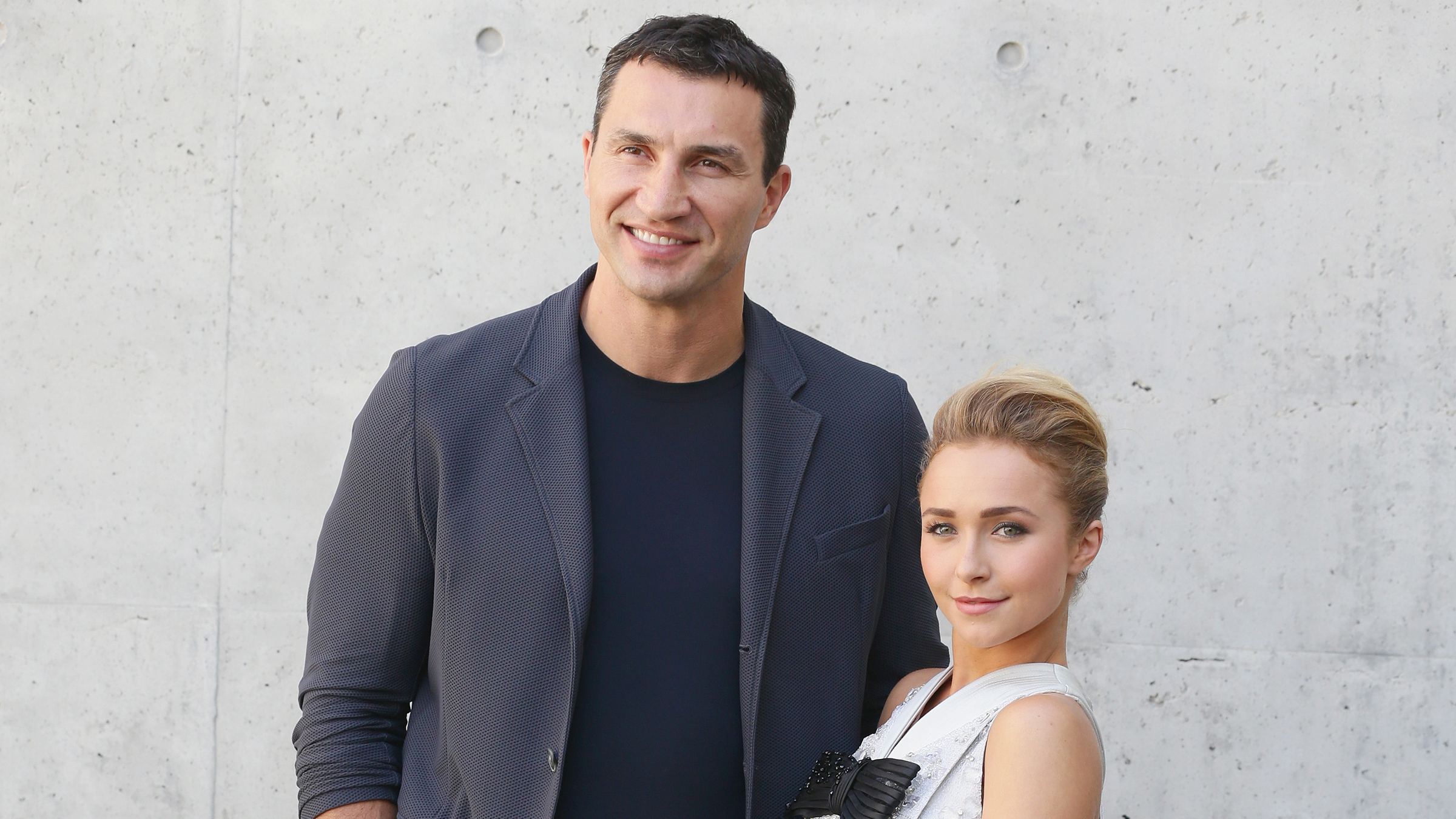 Hayden Panettiere and Wladimir Klitschko attend the Giorgio Armani show during Milan Menswear Fashion Week Spring Summer 2014 on June 25, 2013 in Milan, Italy. (Photo by Vittorio Zunino Celotto/Getty Images)