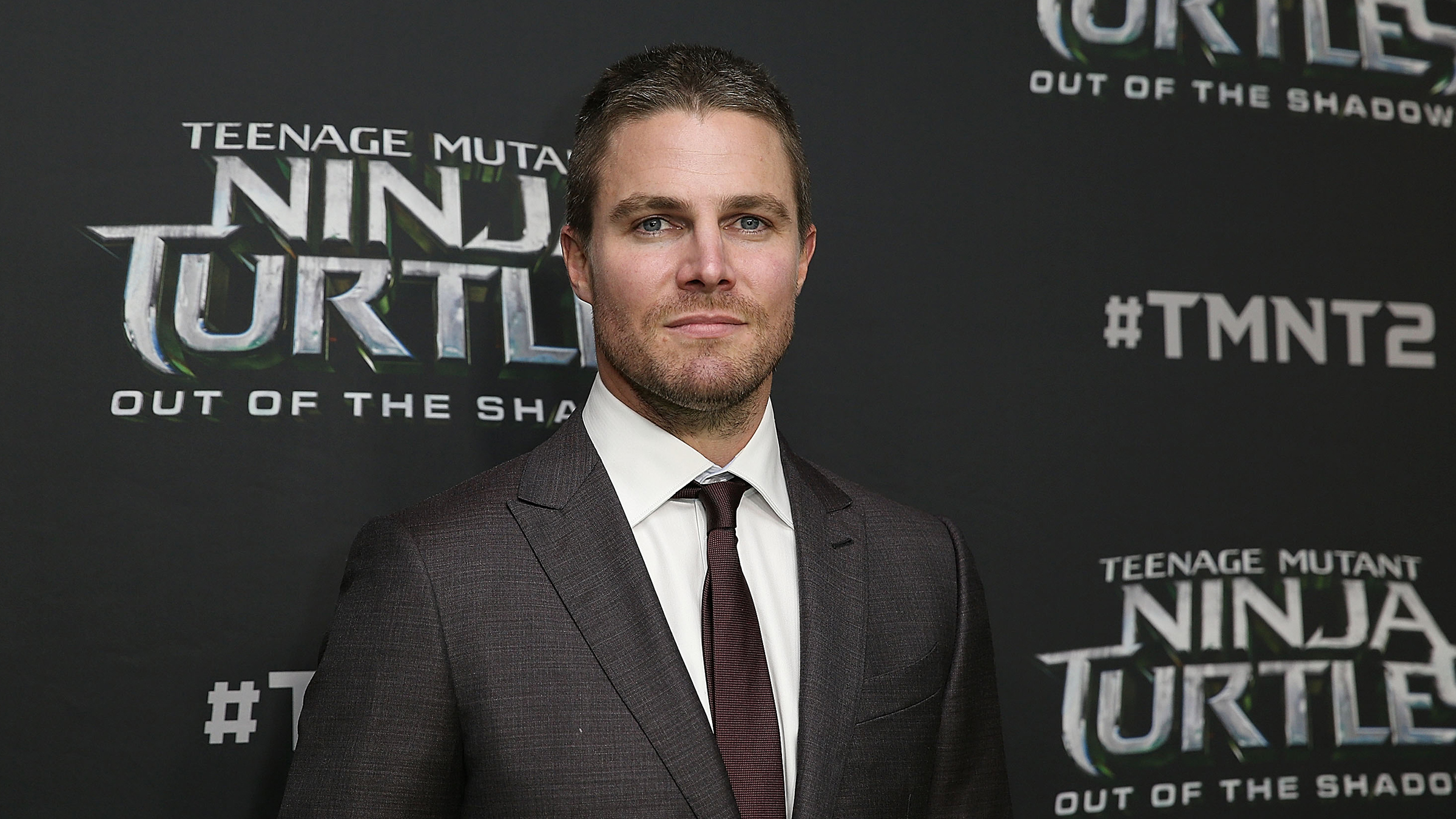 Stephen Amell arrives ahead of the Australian premiere of Teenage Mutant Ninja Turtles 2 at Event Cinemas George Street on May 29, 2016 in Sydney, Australia. (Photo by Brendon Thorne/Getty Images for Paramount Pictures)