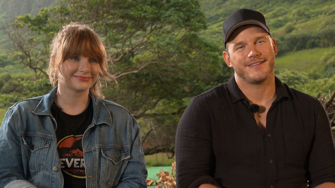 Bryce-Dallas-Howards-Dad-Ron-Howard-Totally-Spoiled-Chris-Pratt-Being-In-The-New-Jurassic-Films