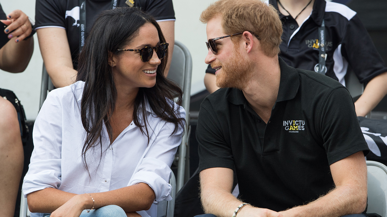 Prince Harry & Meghan Markle's Wedding Date Revealed!
