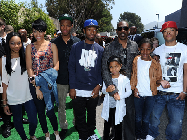Eddie Murphy and family