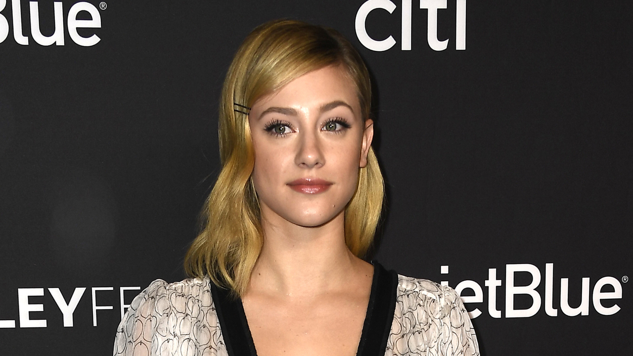 Lili Reinhart Claps Back At Rumors That She's Pregnant With With Cole Sprouse's Baby
