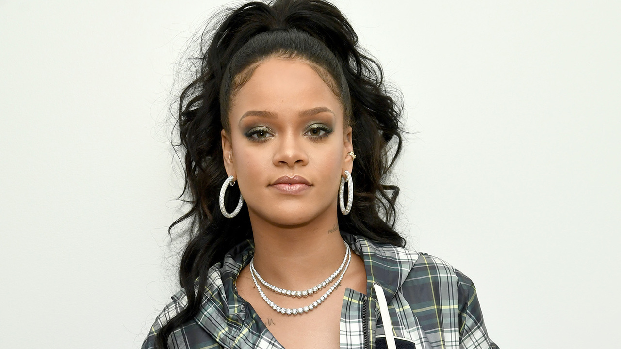 Man Arrested On Suspicion Of Breaking Into Rihanna's Home