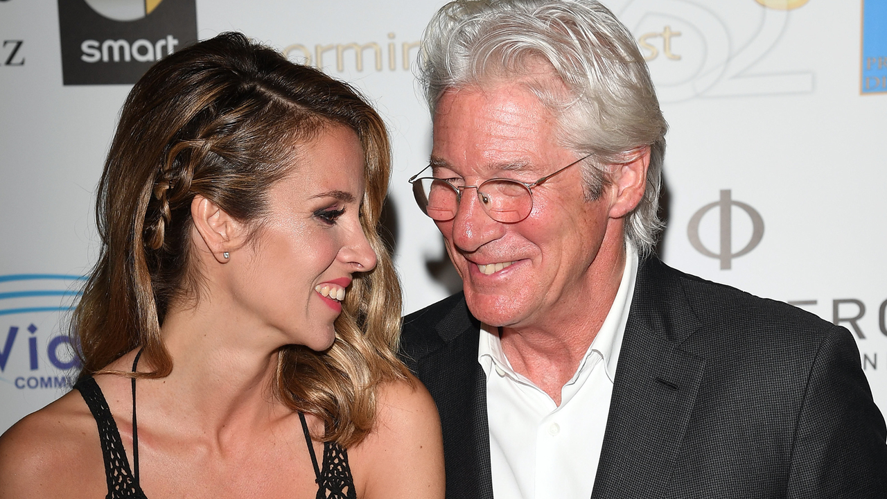 Richard Gere And Pregnant Wife Alejandra Get Blessed By The Dalai ...