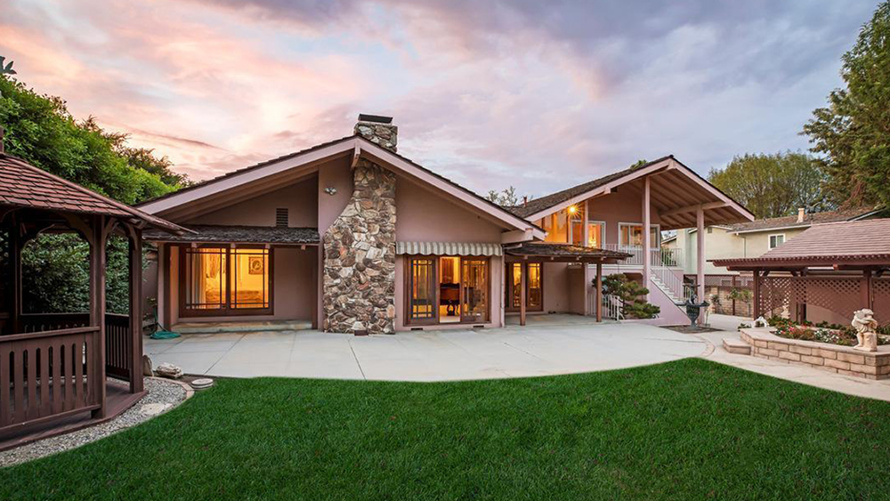 HGTV-Buys-The-Brady-Bunch-House-After-Beating-Out-Lance-Bass-For-The-Iconic-Digs-In-Bidding-War