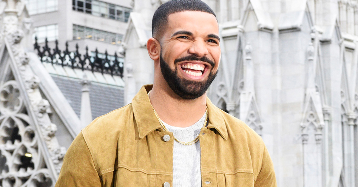 Drake-Drops-Over-140000-In-Donations-While-In-Miami