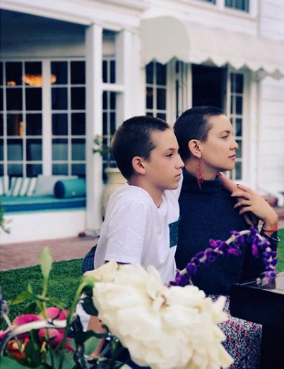 Kate-Hudson-Shows-Off-Matching-Haircut-With-Her-Son