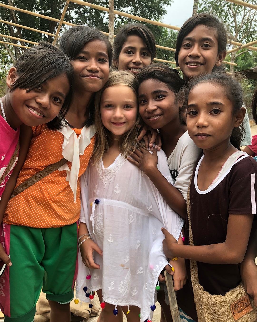 Victoria-Beckham-Takes-Kids-Harper-Romeo-Cruz-and-Brooklyn-To-School-In-Sumba-For-Inspirational-Day