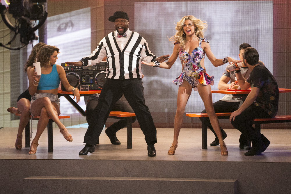 Wanya Morris and Lindsay Arnold on the Season 22 premiere of 'Dancing with the Stars,' March 21, 2016
