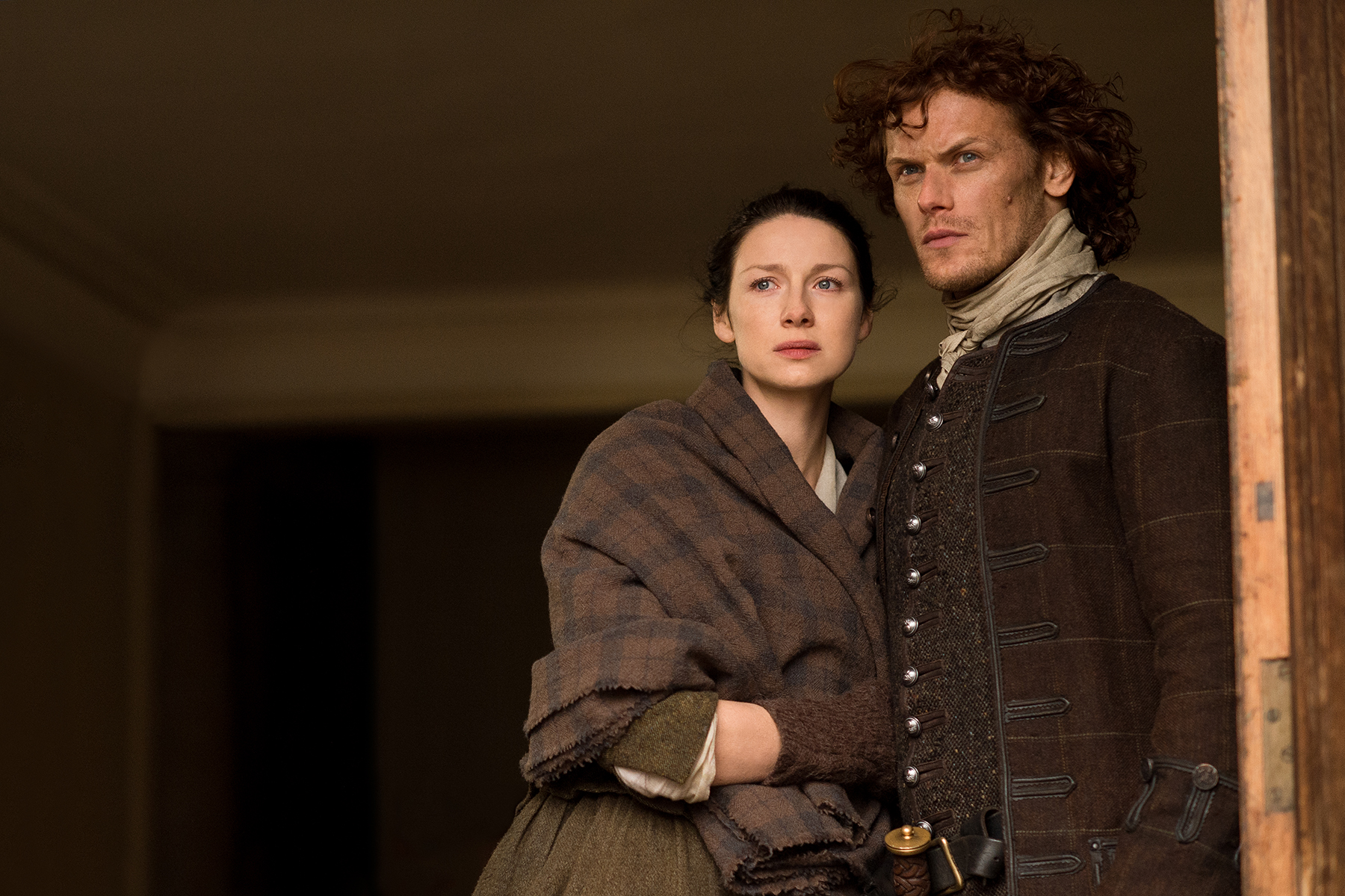 Caitriona Balfe as Claire Fraser and Sam Heughan as Jamie Fraser in 'Outlander' Season 2, Episode 13 — 'Dragonfly in Amber'