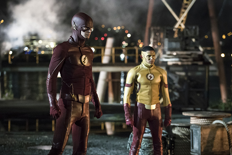 Grant Gustin as The Flash and Keiynan Lonsdale as Kid Flash in 'The Flash' Season 3 premiere — 'Flashpoint'