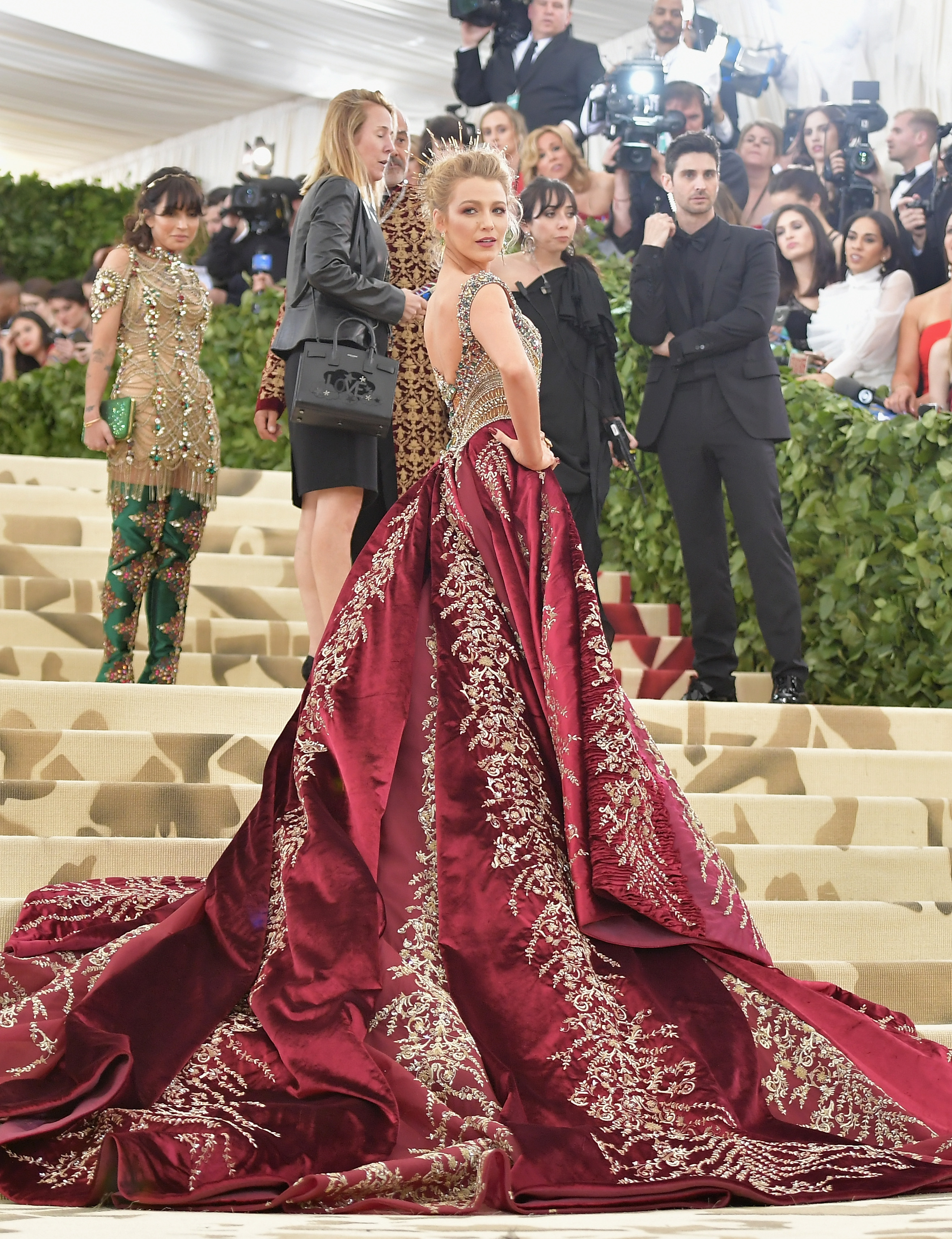 Blake Lively attends the Heavenly Bodies: Fashion & The Catholic Imagination Costume Institute Gala at The Metropolitan Museum of Art on May 7, 2018 in New York City. (Photo by Jamie McCarthy/Getty Images)