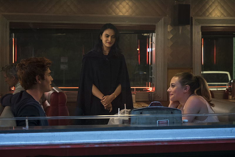 Riverdale': Scenes From Season 1 | Access Online